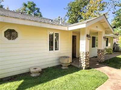 El Cajon Single Family Home For Sale: 933 Silverbrook Dr.