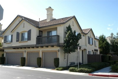 Chula Vista Condo/Townhouse For Sale: 1841 Cherbourg Dr