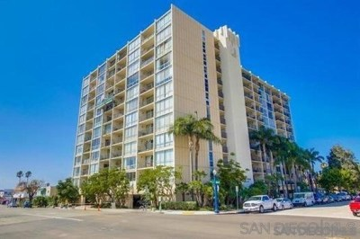 San Diego Condo/Townhouse For Sale: 4944 Cass Street #202