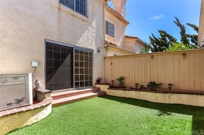 Vista Condo/Townhouse For Sale: 730 Breeze Hill #277