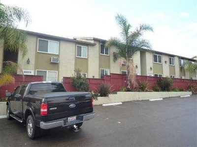 San Diego Condo/Townhouse For Sale: 4398 Delta #8