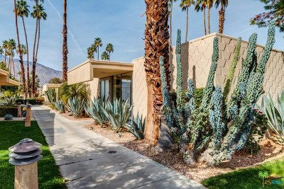 Palm Springs Condo/Townhouse For Sale: 87 Westlake Circle