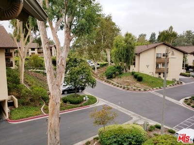 Mission Viejo Condo/Townhouse For Sale: 25781 Marguerite #204