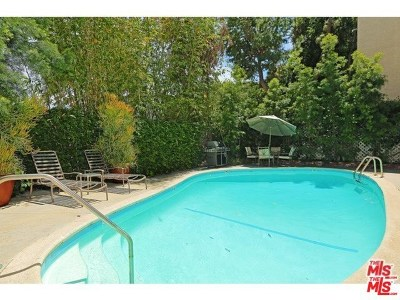 West Hollywood Condo/Townhouse For Sale: 938 Palm Avenue #203