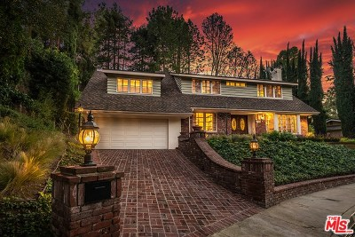 Studio City Single Family Home For Sale: 3274 Berry Drive