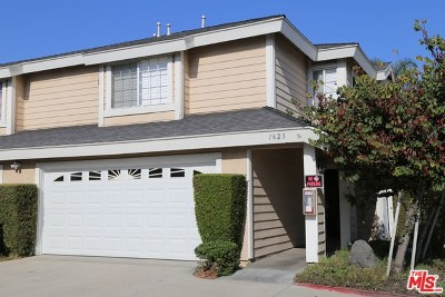 Anaheim Condo/Townhouse For Sale: 1823 E Cypress Street
