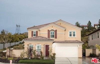 Saugus Single Family Home For Sale: 19349 Carranza Lane