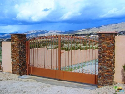 Desert Hot Springs Single Family Home For Sale: 68444 Clow Lane