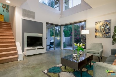 Palm Springs Condo/Townhouse For Sale: 235 Sandy Point Trail