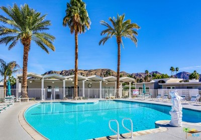Palm Springs Condo/Townhouse For Sale: 2528 S Sierra Madre