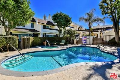 Sherman Oaks Condo/Townhouse For Sale: 4321 Matilija Avenue #3