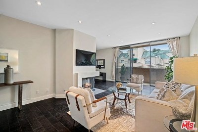 West Hollywood Condo/Townhouse For Sale: 930 N Wetherly Drive #201
