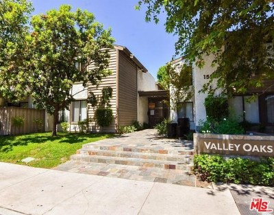 Van Nuys Condo/Townhouse For Sale: 15511 Sherman Way #60