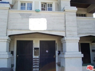 Los Angeles Multi Family Home For Sale: 5540 Lexington Avenue
