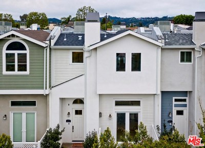 Condo/Townhouse Active Under Contract: 4809 Gentry Avenue