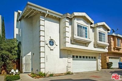 North Hills Condo/Townhouse For Sale: 9429 Burnet Avenue #4