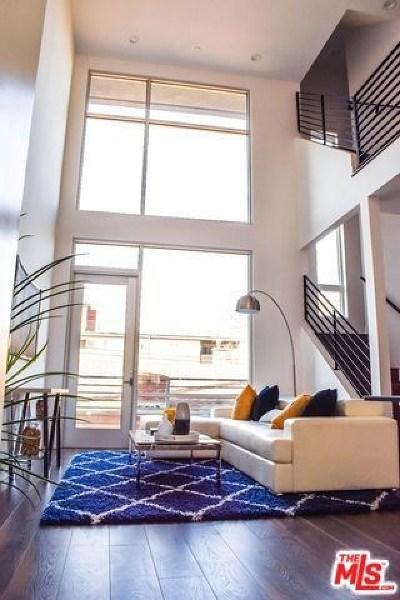 Hollywood Single Family Home For Sale: 6019 N Beachwood Lane