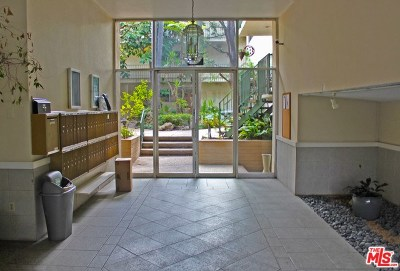 Toluca Lake Condo/Townhouse For Sale: 10240 Camarillo Street #315