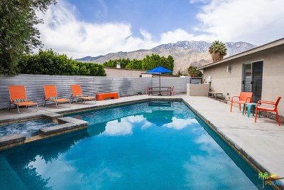 Palm Springs Single Family Home For Sale: 2390 N Aurora Drive