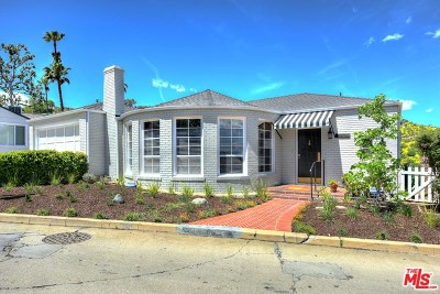 Single Family Home For Sale: 3875 Carnavon Way