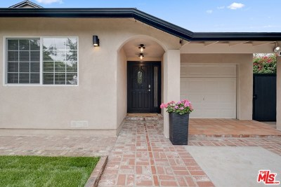 Sherman Oaks Single Family Home For Sale: 15207 Hartsook Street