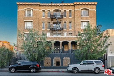 Los Angeles Multi Family Home For Sale: 608 S Westlake Avenue