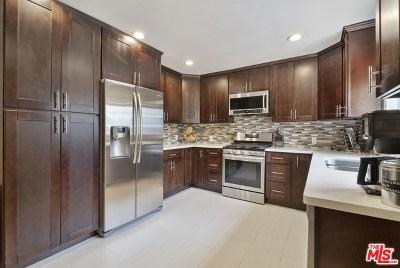 Van Nuys Single Family Home For Sale: 15432 Hartland Street