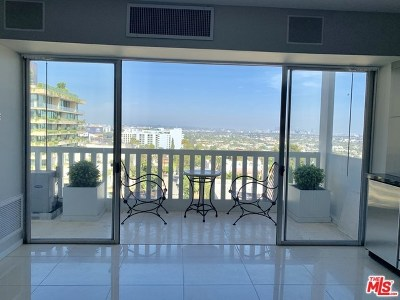 West Hollywood Condo/Townhouse For Sale: 999 N Doheny Drive #808