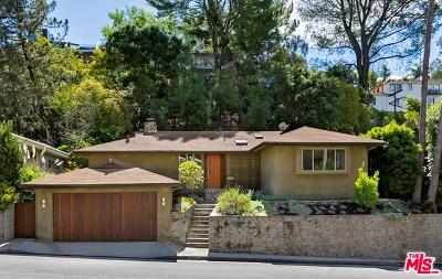 Single Family Home For Sale: 3100 N Beachwood Drive
