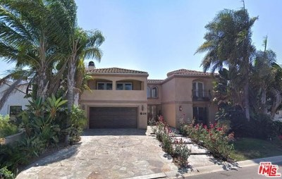Newport Beach Single Family Home For Sale: 511 Cliff Drive
