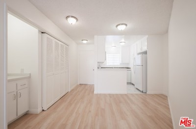 Rental For Rent: 1028 7th Street #202