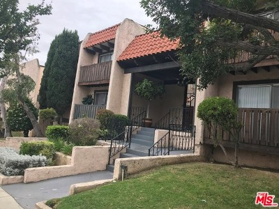 Inglewood Condo/Townhouse For Sale: 719 N Eucalyptus Avenue #14B