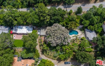 Single Family Home For Sale: 7468 Mulholland Drive
