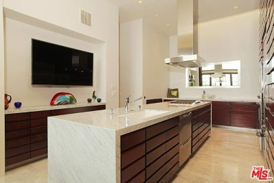 Los Angeles Single Family Home For Sale: 12522 The Vista