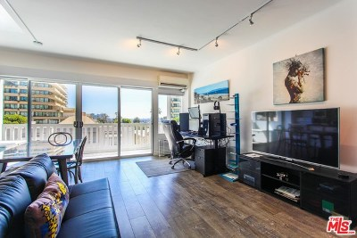 West Hollywood Condo/Townhouse For Sale: 999 N Doheny Drive #305