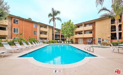 Van Nuys Condo/Townhouse For Sale: 15425 Sherman Way #102
