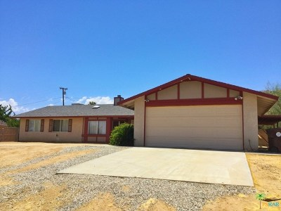Joshua Tree Single Family Home For Sale: 61045 Navajo Trail