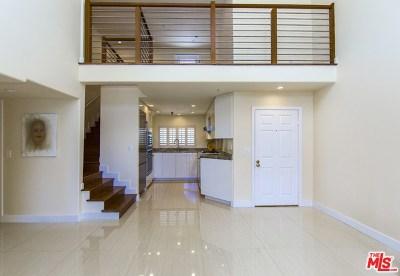 Studio City Condo/Townhouse For Sale: 11044 Acama Street #306
