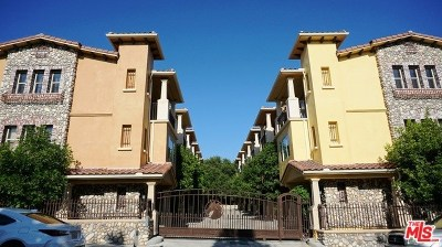 Tujunga Condo/Townhouse For Sale: 10116 Amber Court