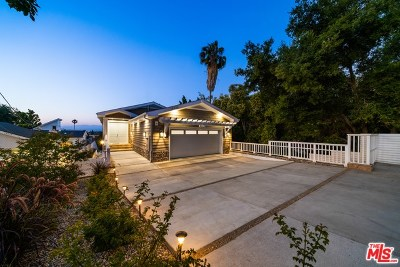 Sherman Oaks Single Family Home For Sale: 14533 Valley Vista