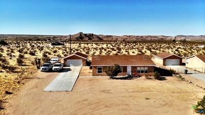 Joshua Tree Single Family Home For Sale: 63448 Walpi Drive
