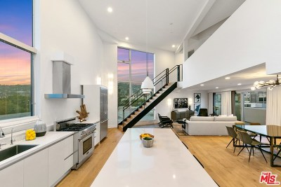 West Hollywood Condo/Townhouse For Sale: 616 N Croft Avenue #PH9