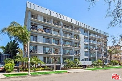 Los Angeles County, Orange County Condo/Townhouse For Sale: 450 S Maple Drive #302