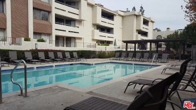 Woodland Hills Condo/Townhouse For Sale: 21620 Burbank #23