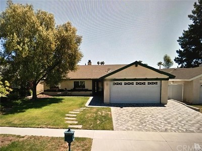 Agoura Hills Single Family Home Active Under Contract: 30624 Janlor Drive