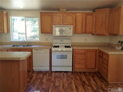Clearlake Single Family Home Active Under Contract: 15856 28th Avenue