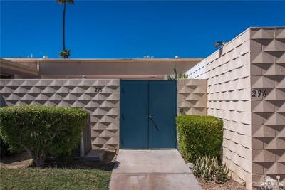 Palm Springs Condo/Townhouse For Sale: 296 Desert Lakes Drive