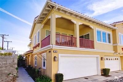 Simi Valley Condo/Townhouse For Sale: 2918 Estilita Way #D