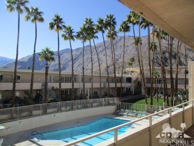 Palm Springs Condo/Townhouse For Sale: 277 Alejo Road #210