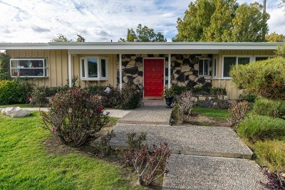 Woodland Hills Single Family Home For Sale: 4531 Larkwood Avenue